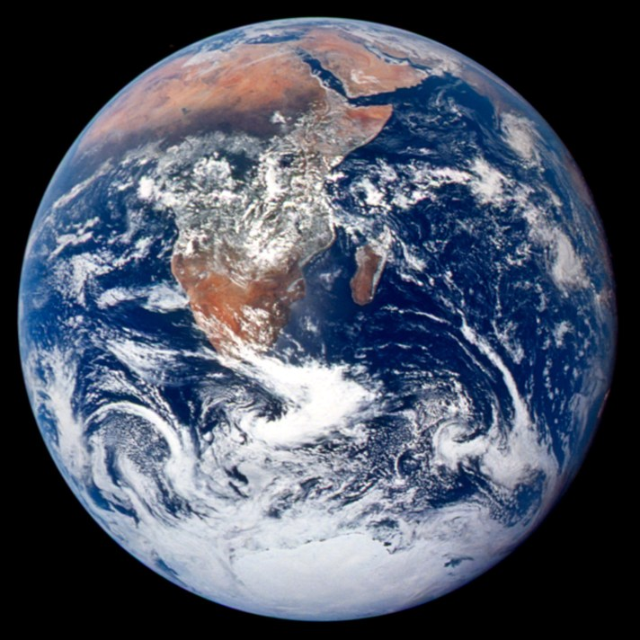 The-Blue-Marble-from-Apollo-17
