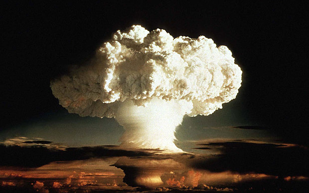 Hydrogen_Bomb_1952_3528913b