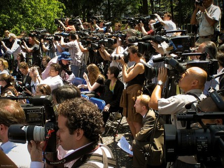 large-group-of-reporters-with-cameras-in-central-park-image-medium_1805323291