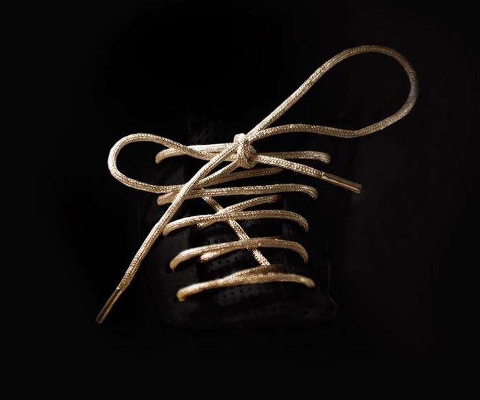 24k-gold-shoelaces-photo