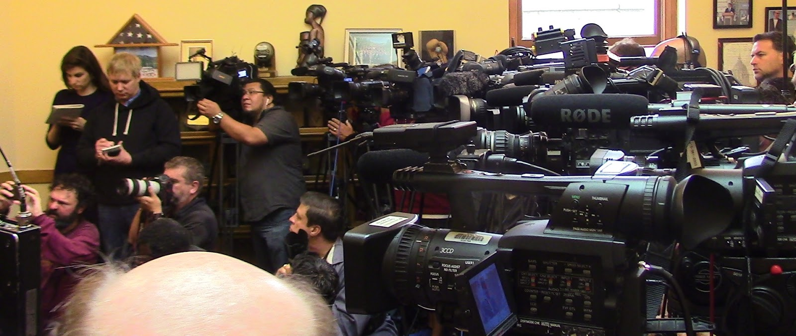 gaggle of press